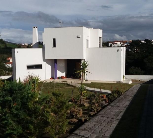 rsv73 Moradia Comtemporânea T5-Site1