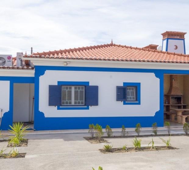 rsv132 Encantadora propriedade com duas Moradias, Piscina e Jardins1