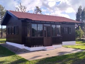 16 MONTINHO DAS OLIVEIRAS _ WOODEN HOUSE